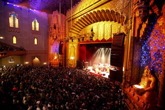 cake_and_modest_mouse_at_the_fox_theater.3054006.36.jpg