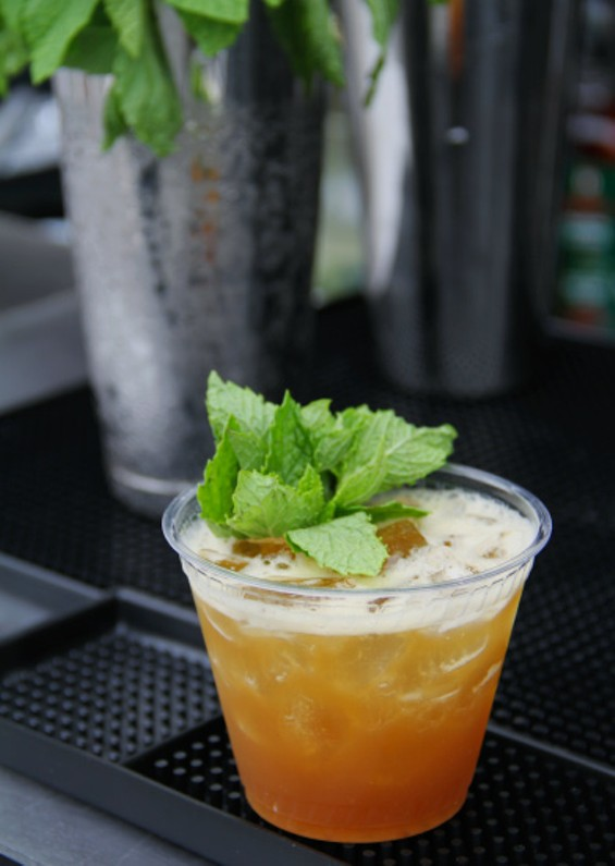 The Bourbon Branca Smash from Alembic at Off the Grid - LOU BUSTAMANTE