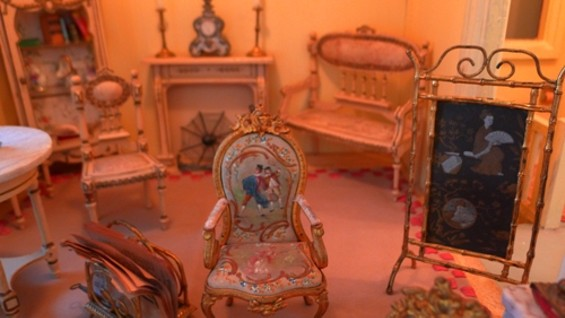 The dollhouse's second floor sitting room.