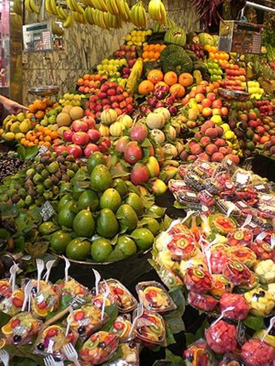 300px_la_boqueria_market_barcelona_spain_.jpg