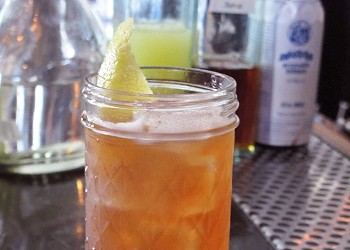 Drink of the Week: Hunting with the Woodsman at Bloodhound