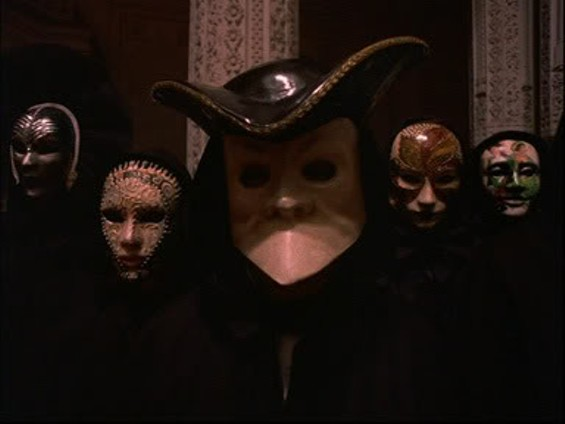 The housemates prepare for the orgy - G8ORS.BLOGSPOT.COM
