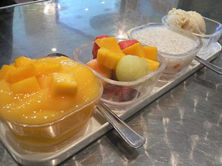 The sampler: From left, mango sago, mixed fruit, sago with coconut milk, and ice cream. - AMORIMUR/FLICKR
