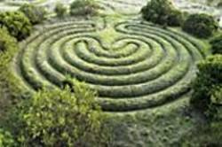 JAMES  SANDERS - The seven-ring Cretan labyrinth.