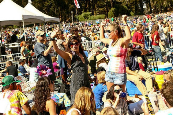 This is the dance you do when you bounce out of the office and go to Hardly Strictly.