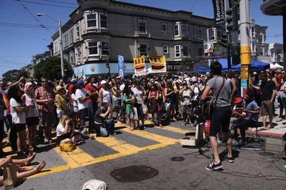 haight_ashbury_street_fair_550.jpg
