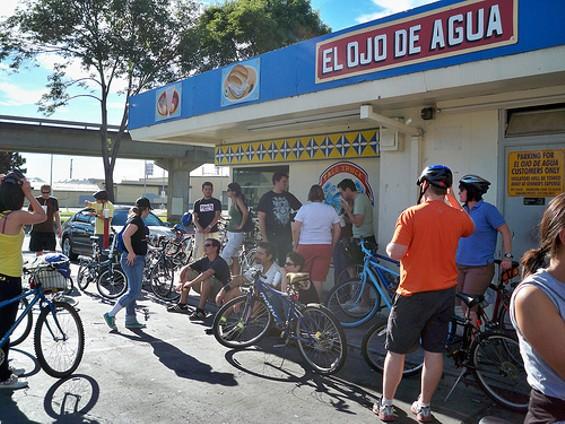Three dozen taco-lovin' riders descended on Fruitvale last month. - CALIFORNIA TACO TRUCKS