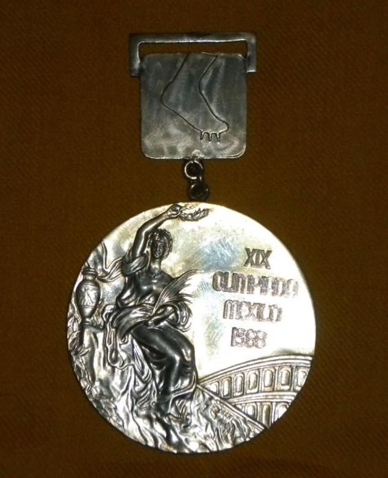 smith_gold_medal.jpg