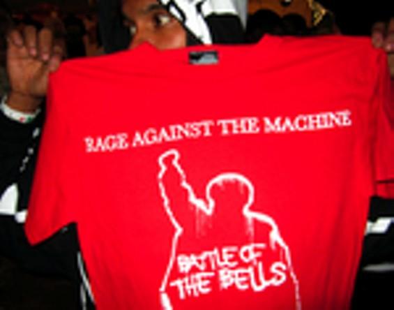 1_rage_against_the_machine_web_thumb.jpg