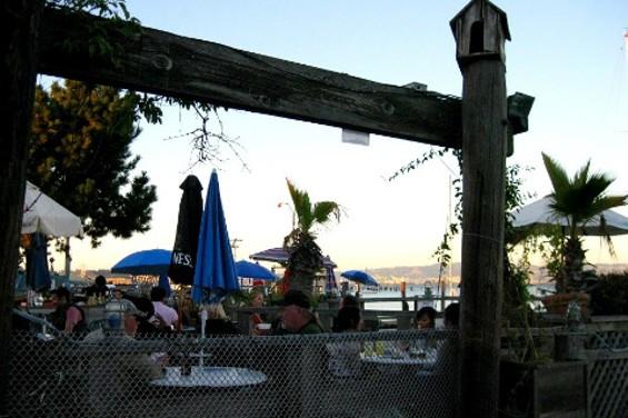 the_ramp_outdoor_bars.jpg