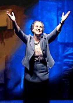 AARON  EPSTEIN - Tovah Feldshuh's portrayal of Golda Meir is a - hard-hitting counterpoint to the sentimental view of - Meir in the U.S.