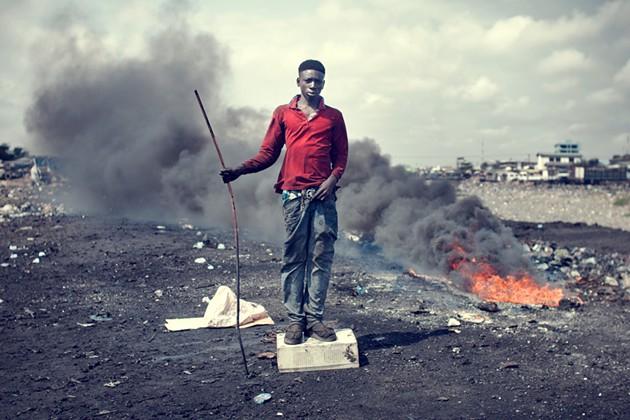 Kevin McElvaney, Agbogbloshie: John Mahama, 2013.