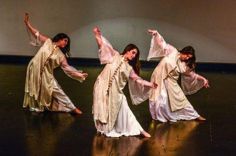 Neek-on - THE NIOSHA DANCE ACADEMY