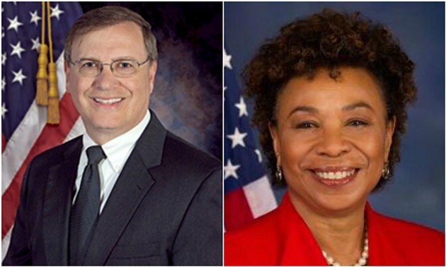 DEA chief Chuck Rosenberg, left, isn't on the good side of U.S. Rep. Barbara Lee, right.