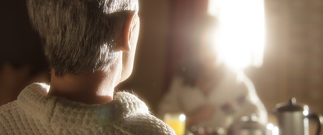 David Thewlis voices Michael Stone and Jennifer Jason Leigh voices Lisa in the animated stop-motion film, Anomalisa. - © 2015 PARAMOUNT PICTURES. ALL RIGHTS RESERVED.