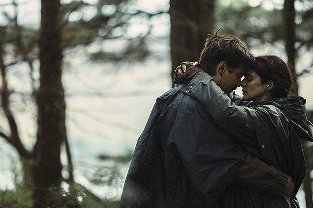 Colin Farrell and Rachel Weisz in The Lobster - A24 FILMS