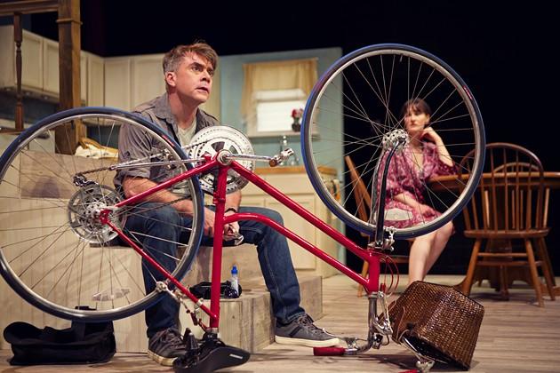 Kevin Clarke as Oliver, Elissa Stebbins as Becky - PAK HAN