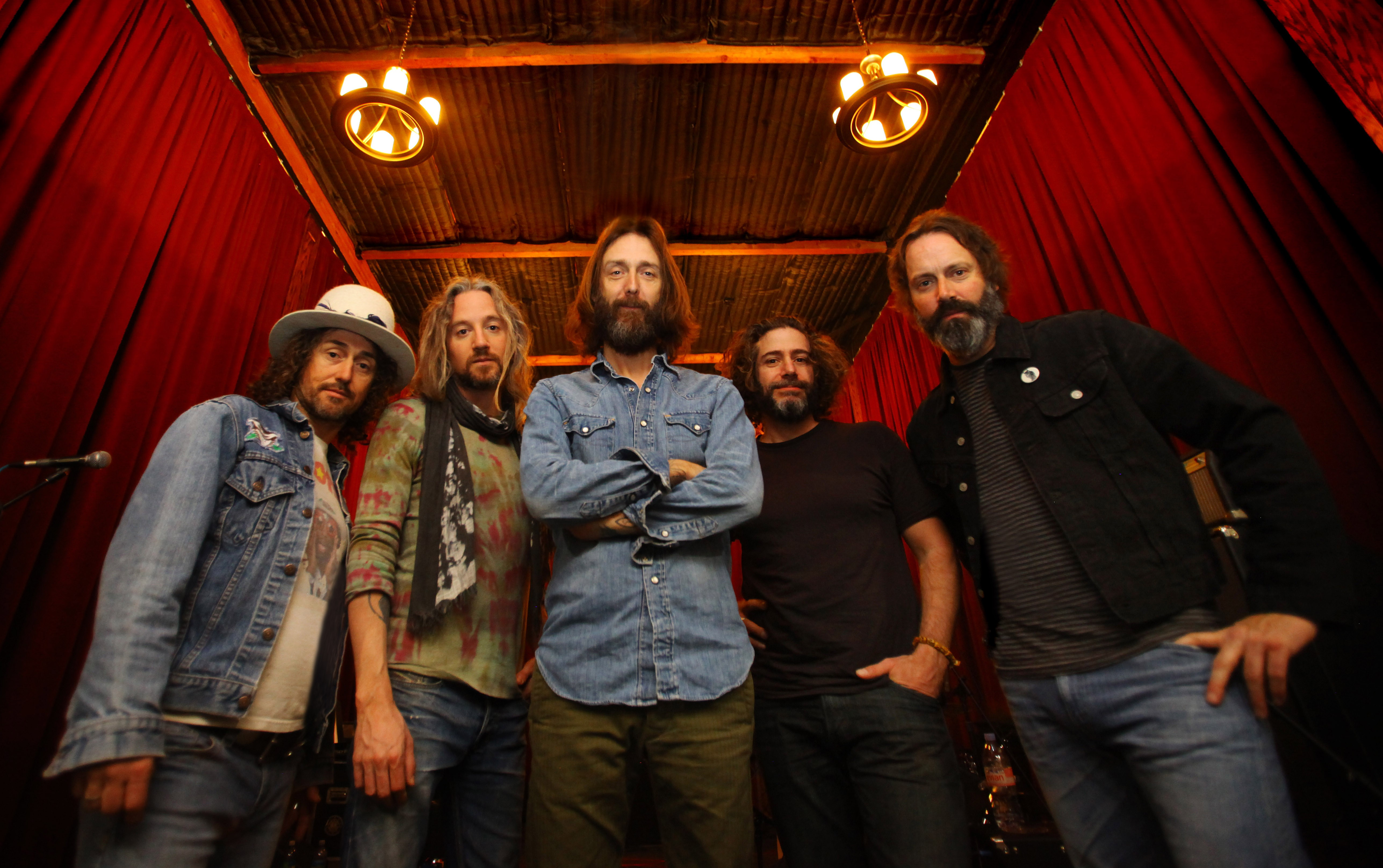 after years of touring in the bay chris robinson finally makes it