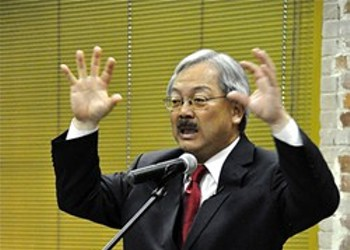 """Local Rapper Equipto Cusses Out Ed Lee at Coffee Shop: """"You're A Disgrace to Asian People"""""""