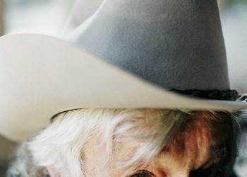 At 84, Ramblin Jack Elliott, Teacher to Bob Dylan and Best Friend of Woody Guthrie, is Still Keeping Folk Music Alive