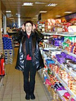 AHMET  DOGAN - Viv Corringham, lost in a supermarket.