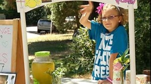 Vivienne Harr, lemonade aficionado and future president - SCREENSHOT FROM KGO