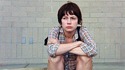 Wendy (Michelle Williams) is stranded in Oregon when her car breaks down and she loses her dog.