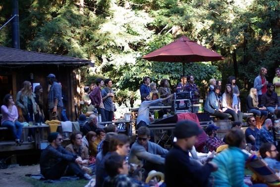 woodsist_13_crowd.jpg