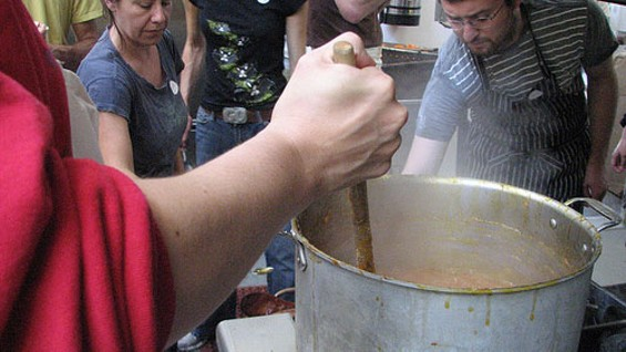 Yes We Can jam-making workshop at La Cocina in July 2009. - HEDY MACFERRAN