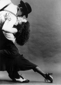 tangopic.jpg