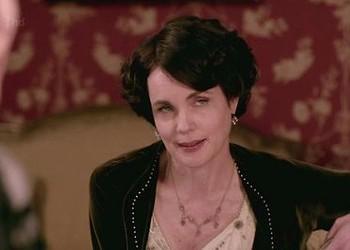 <i>Downton Abbey</i> Recap: Season 2, Episode 1