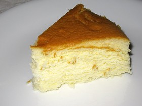 Yummy's Japanese-style cheesecake has a Zanze's-esque lightness. - LUIS CHONG