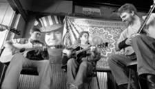 19: banjos unite
