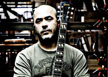 Aaron Lewis at the National