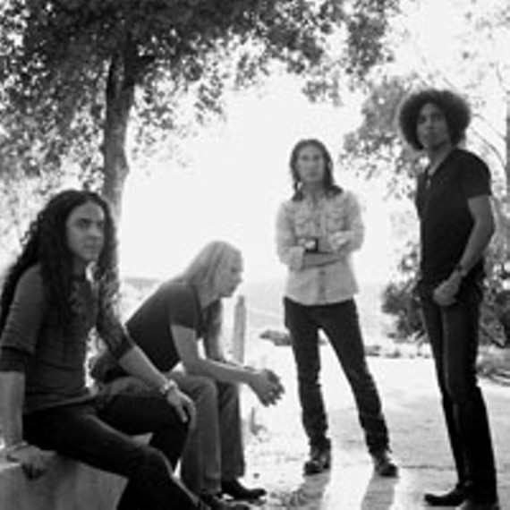 night09_alice_in_chains_200.jpg