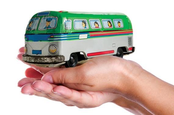 back33_busses.jpg