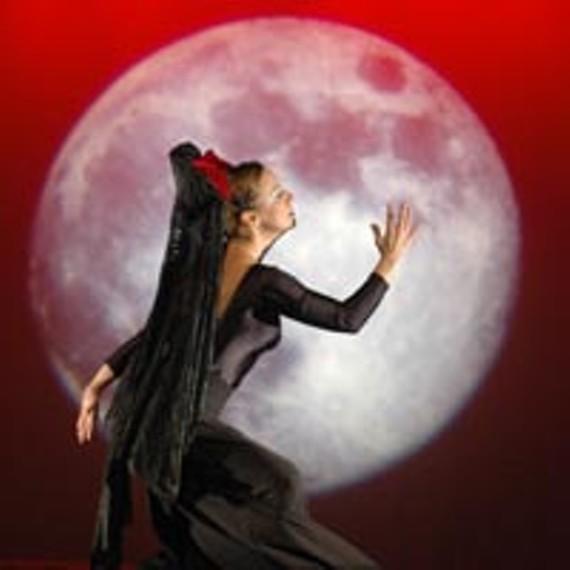 art11_lede_latin_ballet_200.jpg