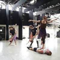 art39_dance_ballet_200.jpg