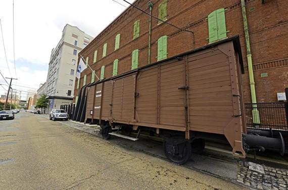 news35_holocaust_museum.jpg