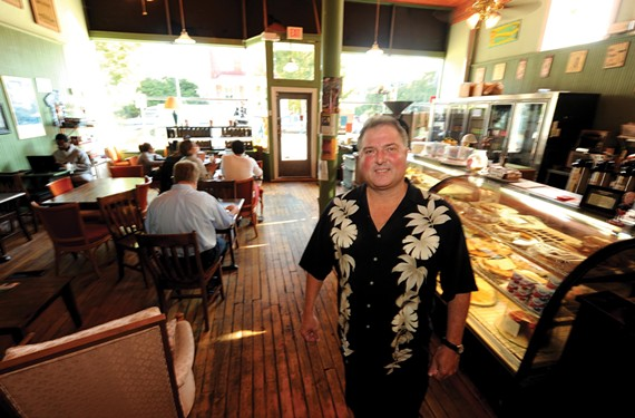 Bob Buffington, owner of Captain Buzzy's Beanery. - SCOTT ELMQUIST