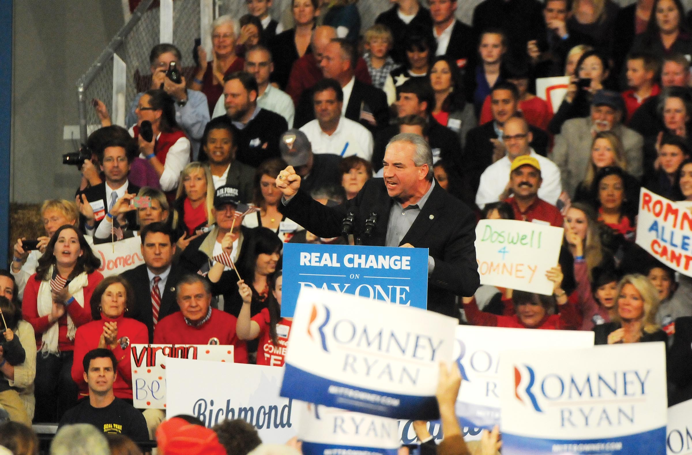 Bolling introduces then-Republican presidential candidate Mitt Romney at a campaign stop in Caroline County. - SCOTT ELMQUIST