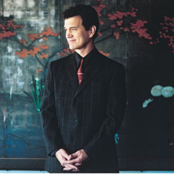 night29_chris_isaak_300.jpg
