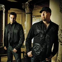 night32_montgomery_gentry_200.jpg