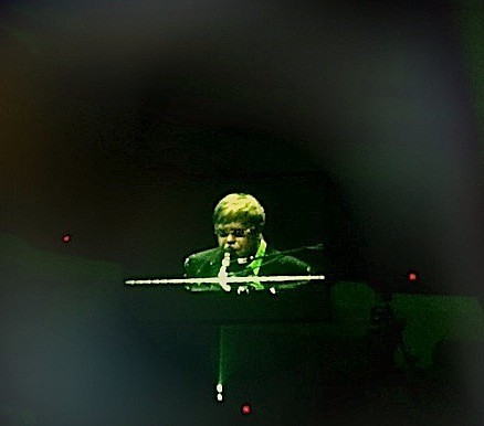 Elton John in Richmond. Don't shoot him, he's only the piano player.