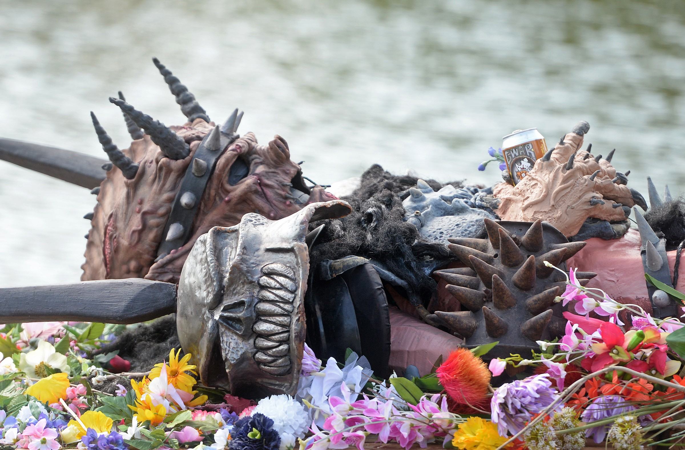 Father Of Late Gwar Frontman Sues Band News And Features Style