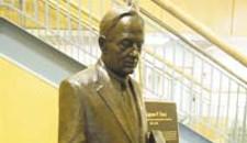 Hail to Trani! VCU Unveils His Bronze Image