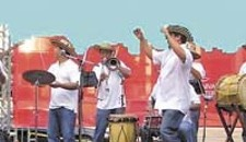 Henry A. March and La Gran Banda: Percussive Papayera