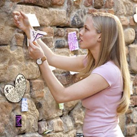 art22_film_letters_juliet_300.jpg