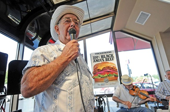 Montel Gettings, 80, steps up to sing with Heart of Country.