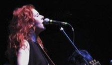 Neko Case Kicks Up a Storm at The National